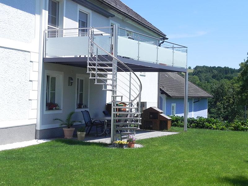 balkon anbau wohndesign und m bel ideen. Black Bedroom Furniture Sets. Home Design Ideas
