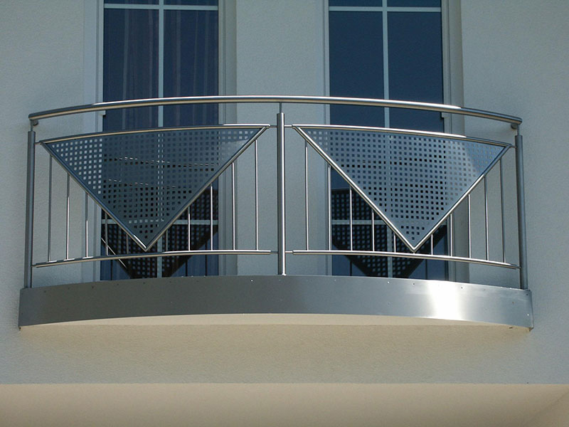 franz sischer balkon mit austritt xr81 messianica. Black Bedroom Furniture Sets. Home Design Ideas
